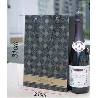 in túi giấy đựng rượu tại Ninh Thuận